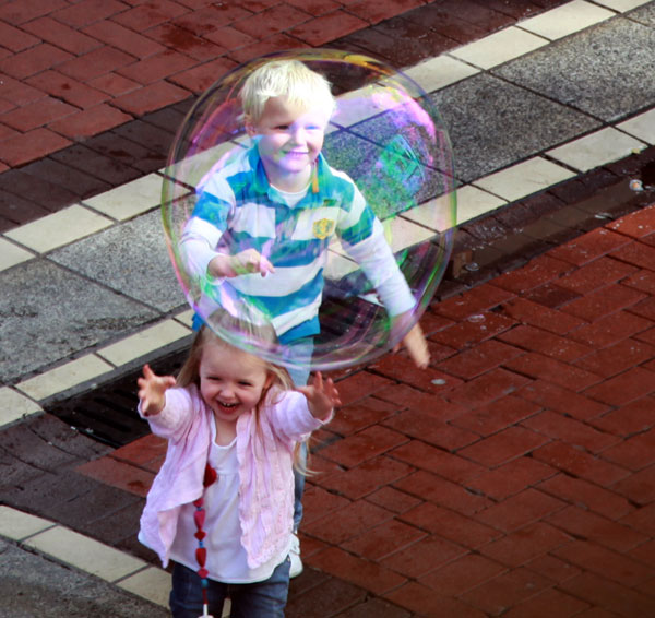 Bubbles on Grafton Street